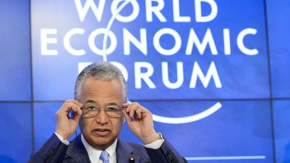 Foto: El ministro de Economía de Japón, Akira Amari (Efe)