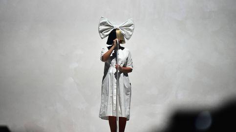 Sia: adicciones, una bipolaridad mal diagnosticada y una nueva dolencia