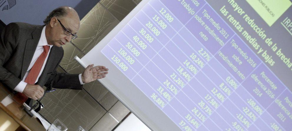 Foto: Montoro explica la reforma fiscal (EFE)