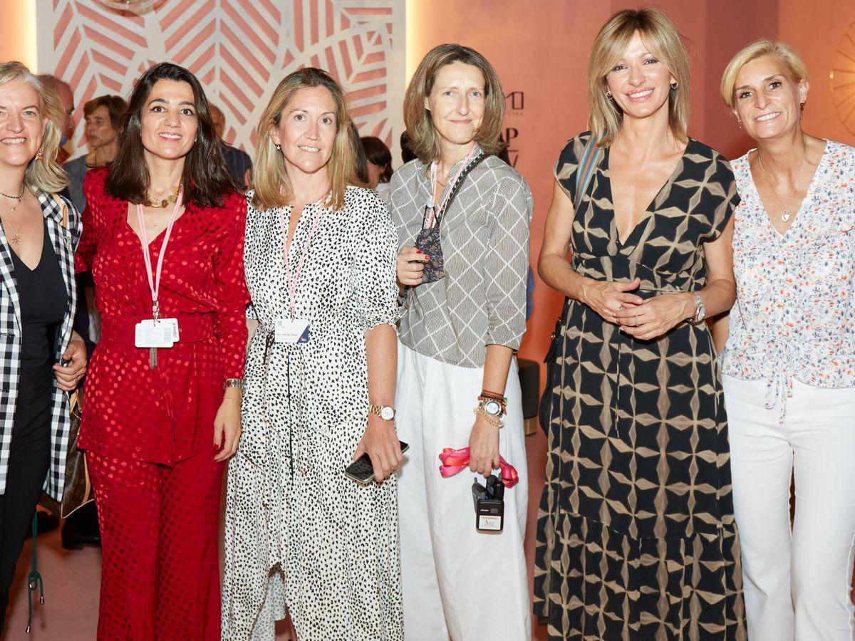 Foto: Matilde García Duarte, Marta Foncillas, Cristina del Valle, Luisa de Orleans, Susana Griso y María Zurita. (Limited Pictures)
