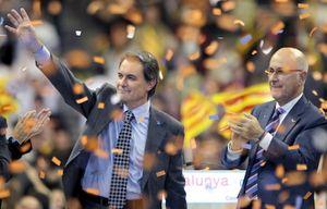 CiU se prepara para apretar las tuercas al Gobierno central tras su victoria en Cataluña