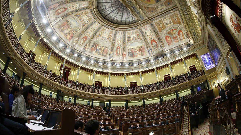 Foto: Vista general del hemicíclo de la Cámara Baja durante la interverción del presidente del Gobierno, Mariano Rajoy. (EFE)