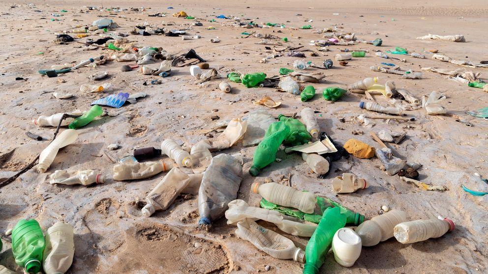 La contaminación abre un nuevo frente: la lluvia cada vez lleva más plástico