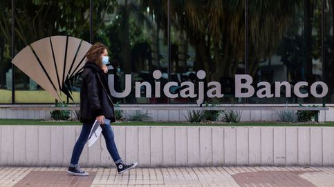 Unicaja ganó un 54,8% menos en 2020, pero con un fuerte aumento de los márgenes