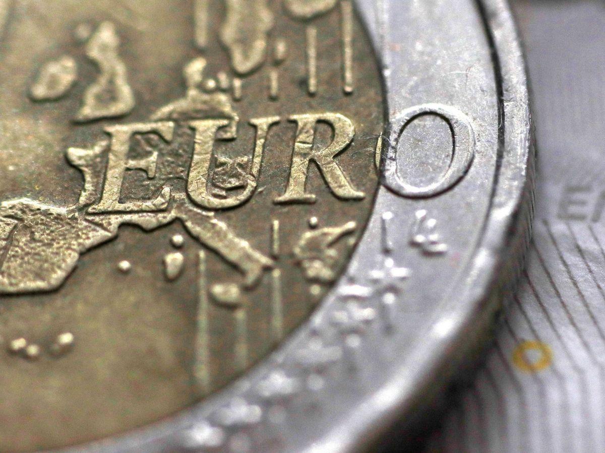 Foto: Moneda de dos euros (Reuters)