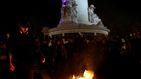Protestas contra Macron y Le Pen: coches en llamas y peleas con palos
