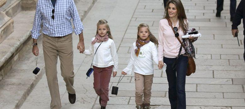Foto: Los príncipes y las infantas visitan Granada