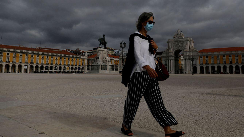Portugal limita la movilidad ante el 1 de noviembre y fija día de luto nacional