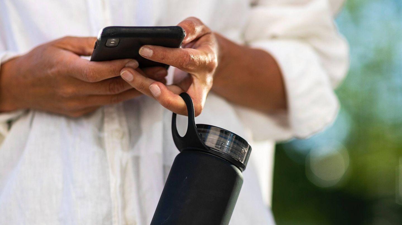 Los beneficios de beber agua durante el ejercicio físico. (Bluewater Sweden para Unsplash)