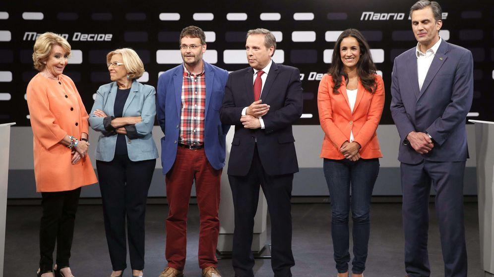 Foto: De izquierda a derecha, Esperanza Aguirre, Manuela Carmena, Daniel Morcillo, Antonio Miguel Carmona y Begoña Villacís. (Efe)