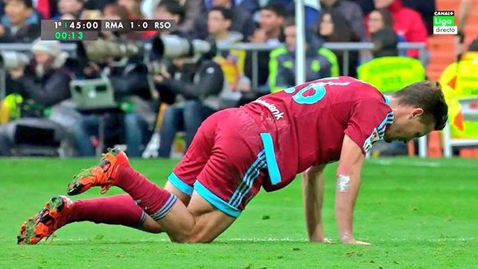Foto: Pantallazo de televisión del momento en el que Canales cayó lesionado.