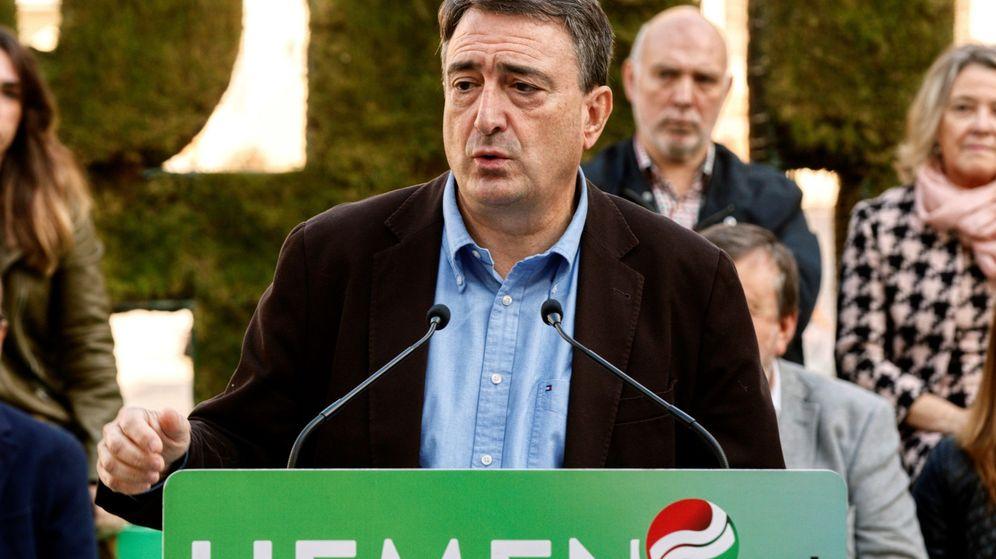 Foto: Aitor Esteban en la presentación de la candidatura del PNV. (Efe)