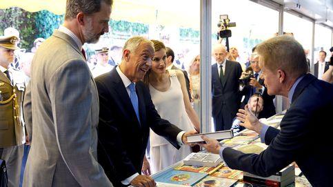 Arranca la Feria del Libro: Reyes, comunistas y adolescentes bajo un sol abrasador