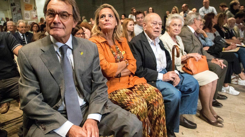 Artur Mas y Jordi Pujol son los dos grandes impulsores del nacionalismo catalán moderno. (EFE)