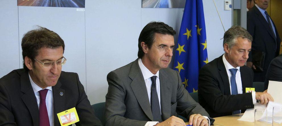 Foto: Alberto Núñez Feijóo, José Manuel Soria e Íñigo Urkullu. (Efe)