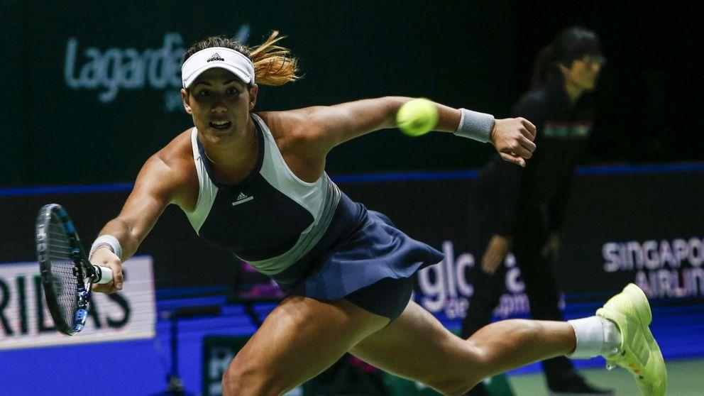 Muguruza se exhibe frente a Safarova y logra su primer triunfo en WTA Finals