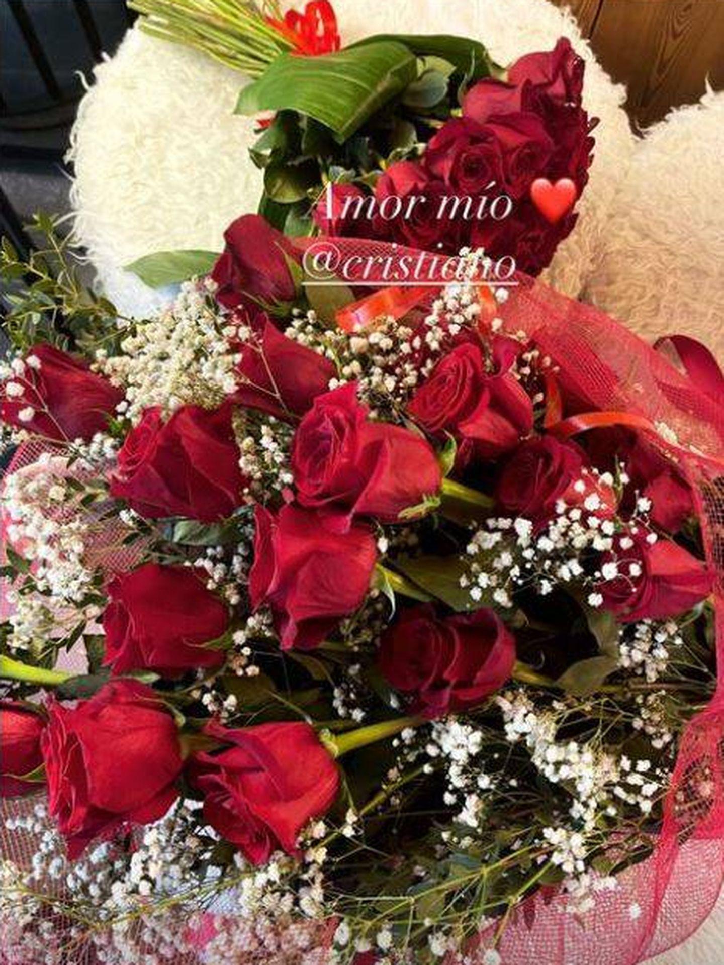 Los ramos de rosas de Georgina. (Redes)