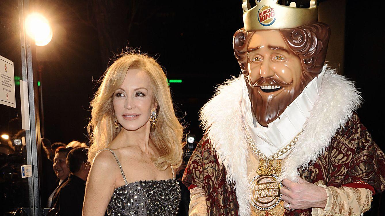 Foto: Carmen Lomana en un actor de la firma Burger King, 2011 (Gtres)