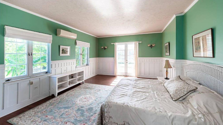 Una de las habitaciones de la villa. (Damianos Sotheby's International)