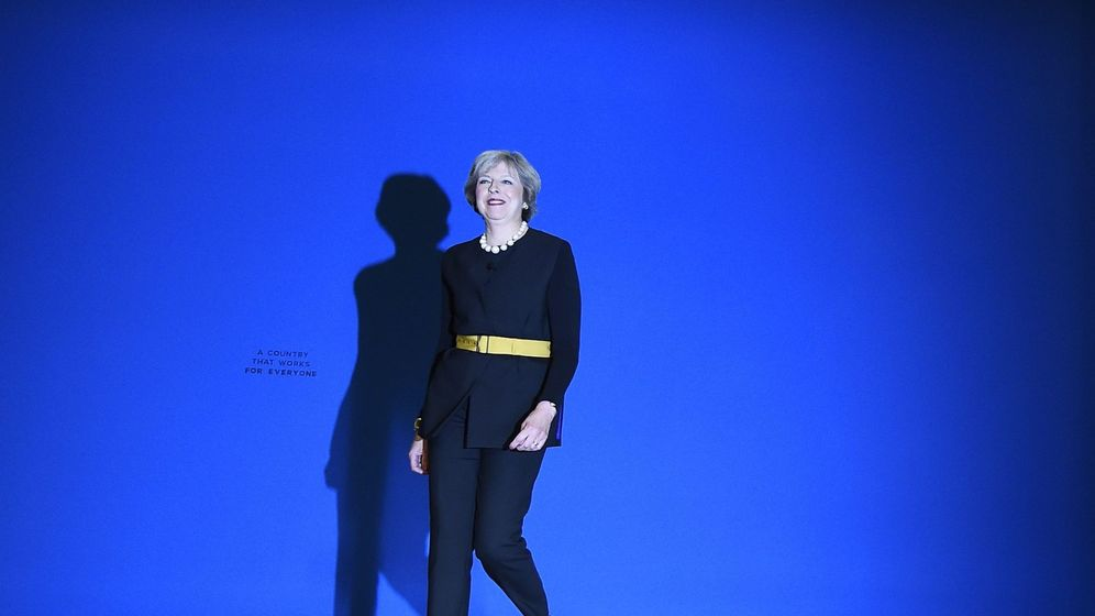 Foto: La primera ministra británica, Theresa May, al llegar al congreso 'tory'. (Reuters)