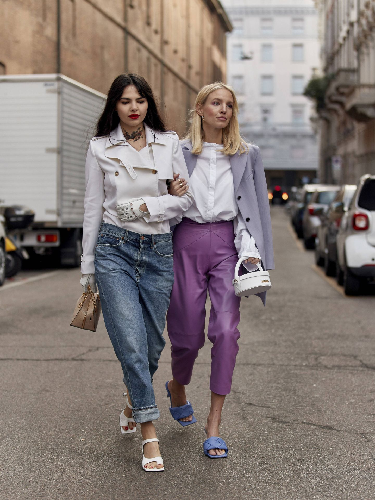 Estos jeans dominan el asfalto. (Imaxtree)