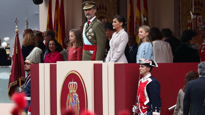 Directo 12 de octubre | Pedro Sánchez, recibido con pitos y el Rey, con aplausos