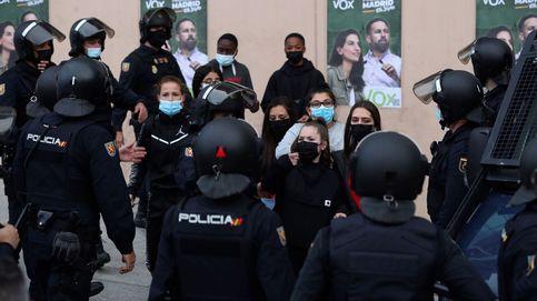 El Defensor del Pueblo investiga si asociar en público a policías con un partido es ilegal