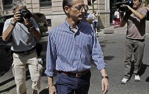 El director financiero, con fianza de 50.000€: Jenaro nos obligó