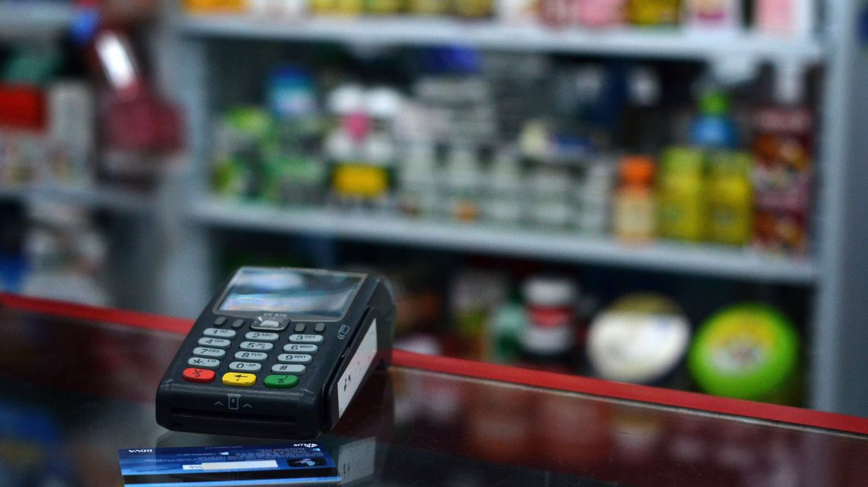 Las compras con tarjeta se hunden (-55%) y anticipan una recesión sin precedentes