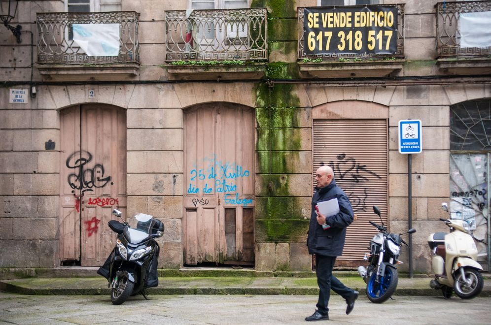 Foto: Una calle del centro de Ourense.
