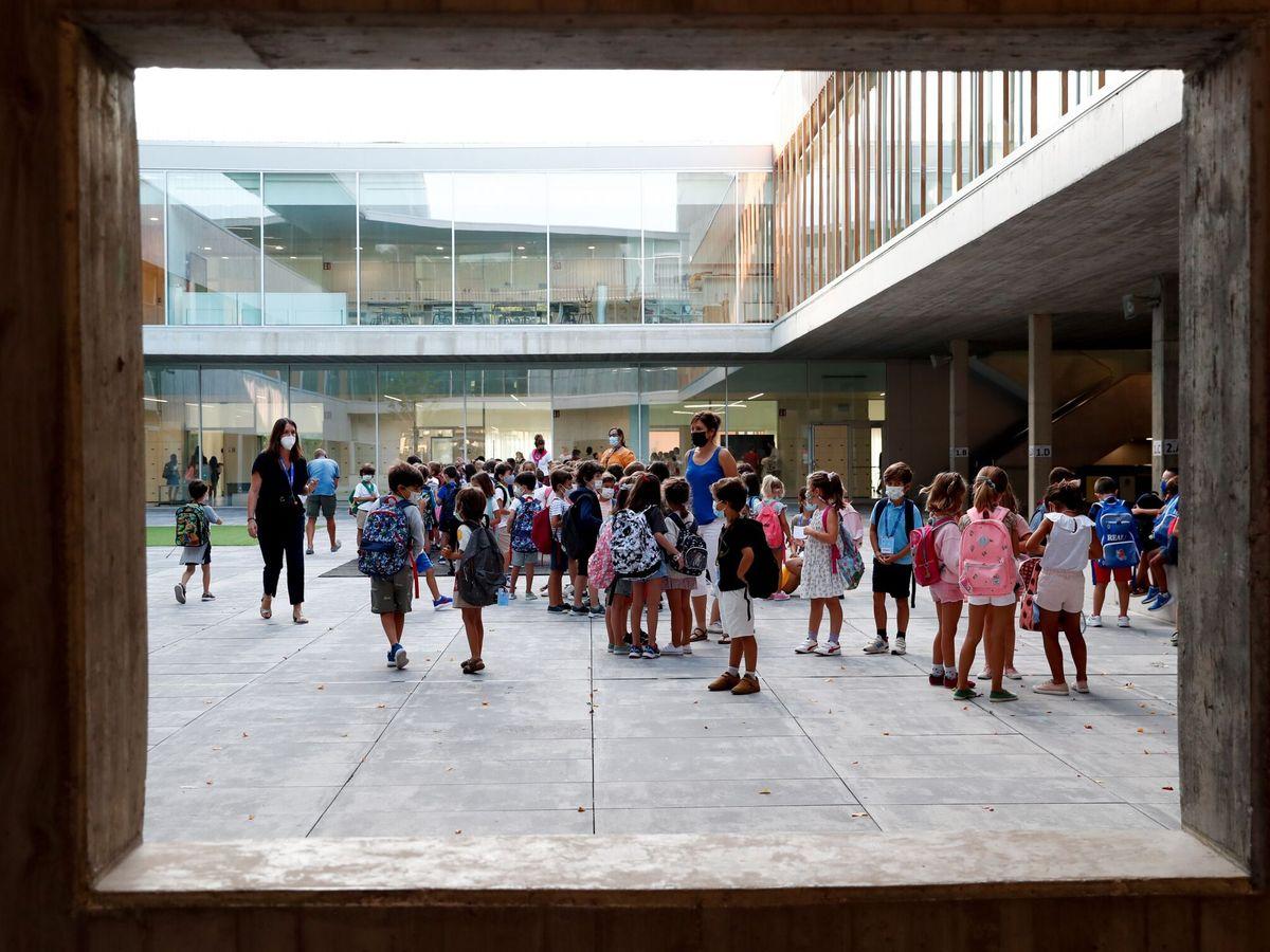 Foto: Imagen de archivo del inicio del curso escolar 2021-2022. (EFE)