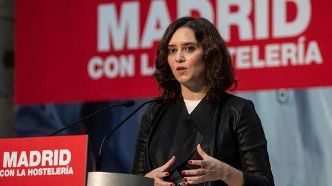 Más Madrid y UP acusan a Ayuso por no guardar la cuarentena de diez días