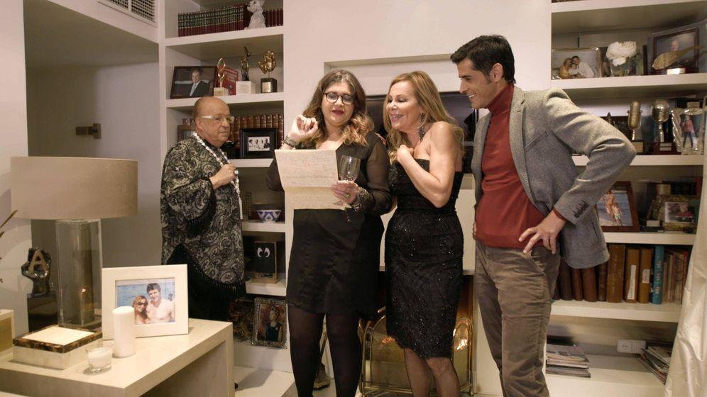 Foto: Ana Obregón y Rappel ganan 'Ven a cenar conmigo'. (Cuatro)