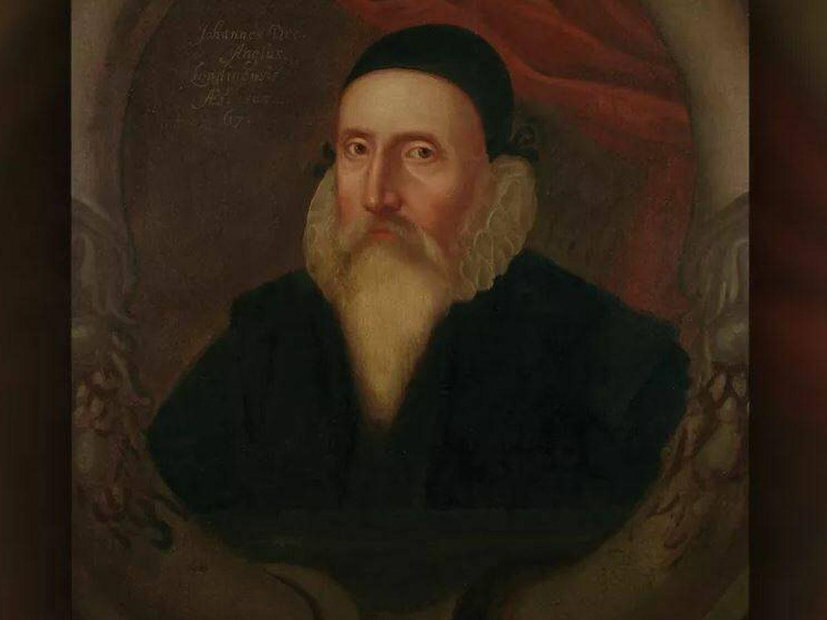 Foto: Retrato de John Dee a sus 67 años y heredado por su nieto, Rowland Dee.