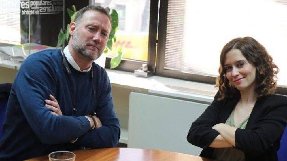 Foto: Pedro García Aguado, con Isabel Díaz Ayuso.