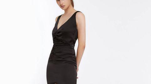 Si eres chica lista, cazarás en las rebajas el vestido drapeado de Uterqüe que mejor tipo hace