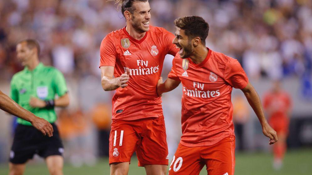 Foto: Bale y Marco Asensio celebran el primer gol del Real Madrid contra la Roma en New Jersey. (Efe)