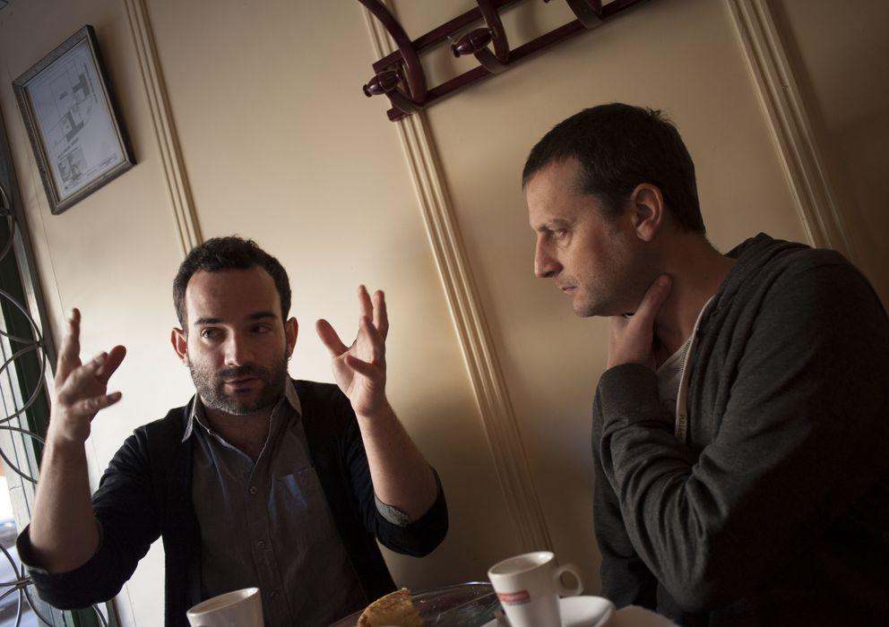 Foto: Los directores Luis López Carrasco y Daniel Castro durante la entrevista (Pablo López)