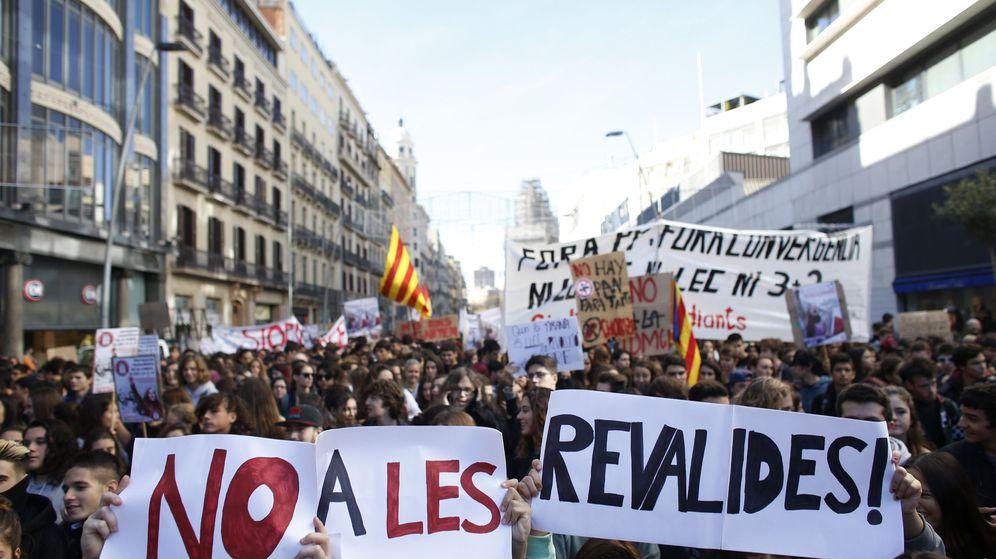 Foto: Manifestación de estudiante de ayer en Barcelona. (Efe)
