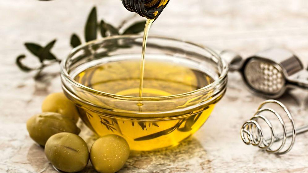 Foto: Aceite oliva. Imagen de Steve Buissinne en Pixabay.