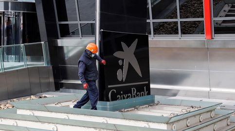 CaixaBank propone la salida de 8.300 empleados con 25 días por año trabajado