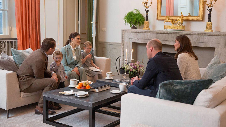 Victoria y Daniel, junto a Guillermo y Kate. (Raphael Stecksén / Casa Real de Suecia)