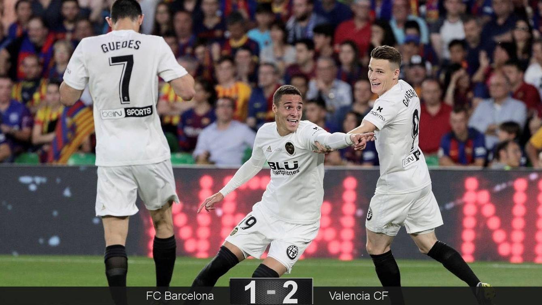 Foto: Rodrigo marcó el segundo gol del Valencia en la final de Copa del Rey contra el Barcelona. (EFE)