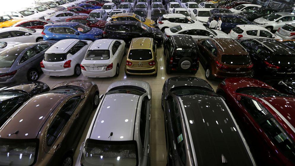 Foto: El ganador de la lotería ha preferido gastarse sus primeros euros del premio en un coche de segunda mano (Reuters)