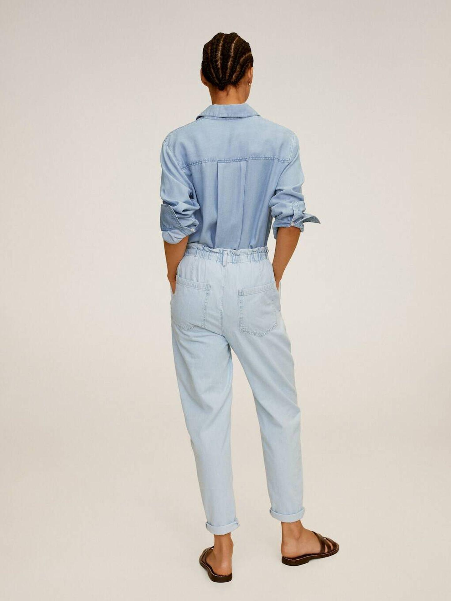 El pantalón vaquero de Mango Outlet. (Cortesía)