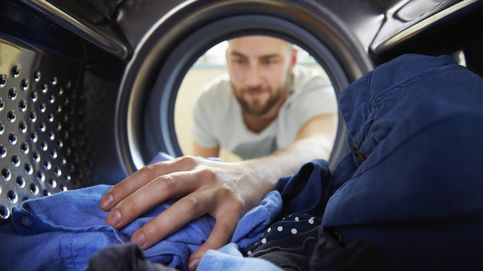 Seis errores que cometes al poner la lavadora (y están arruinando tu ropa)