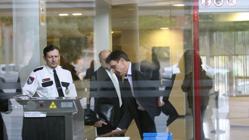 Un alto cargo de Mas escondió documentos 'sensibles' de la mayor adjudicación catalana