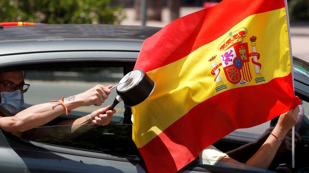 Foto: Imagen de la manifestación motorizada de este sábado en Málaga. (Reuters)