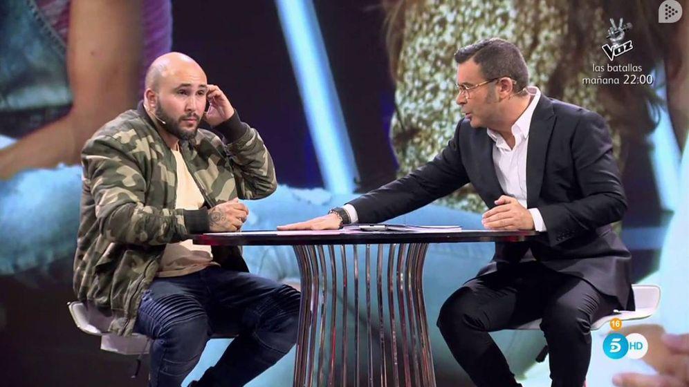 Foto: Kiko Rivera y Jorge Javier Vázquez en 'GH Revolution'. (Mediaset España)