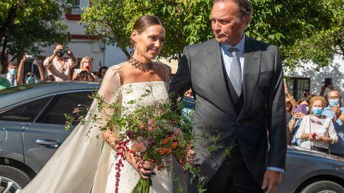 El vestido de novia de Claudia Osborne, al detalle: del ramo a las joyas